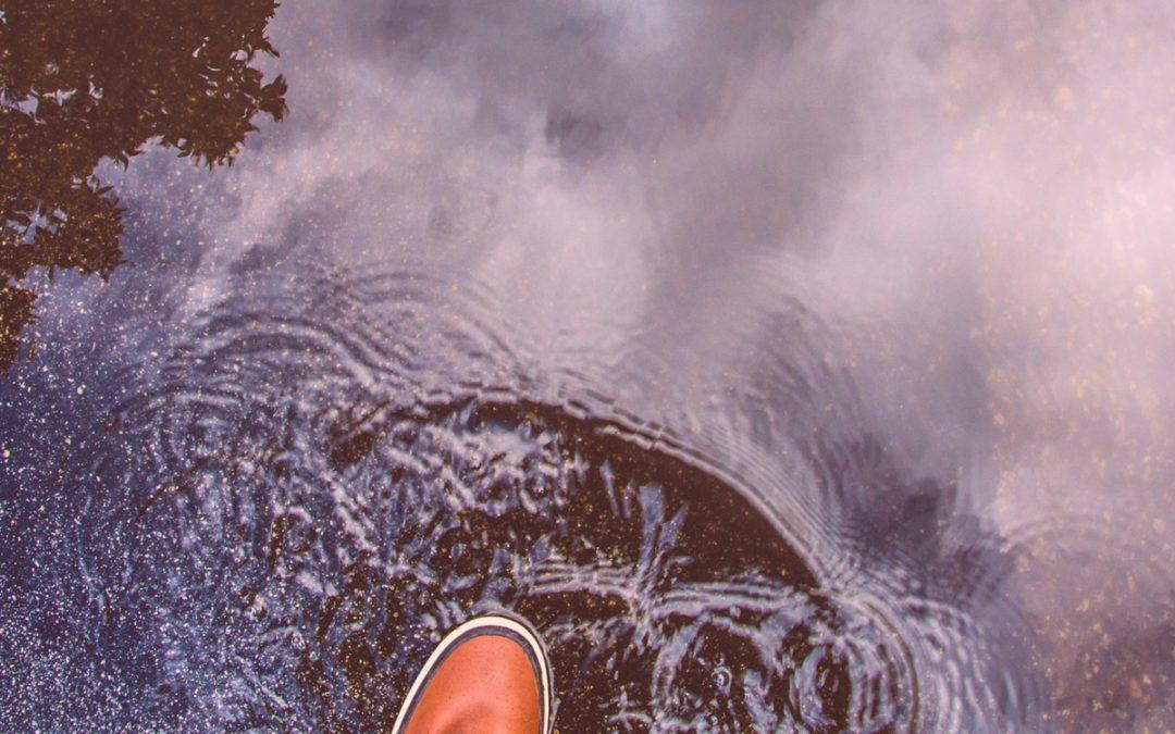 Un pied sur le bord